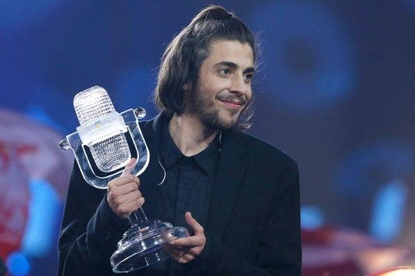 Победителем «Евровидения 2017» c 758 баллами стал представитель Португалии Сальвадор Собрал